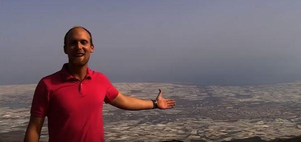 Lorenzo Rubio, periodista y autor de 'Hijos del mar de plásticos'