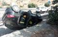 Dos incendios de vehículo y una salida de vía movilizan a los bomberos del Levante