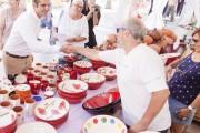 Cuarenta artesanos del barro de España y Portugal muestran su oficio en la Rambla de Almería