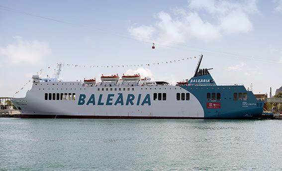 Digital. Barcelona 30/5/16 - Flota de la compañia naviera Balearia . Inauguración del Denia Ciutat Creativa - (c) Vicens Gimenez