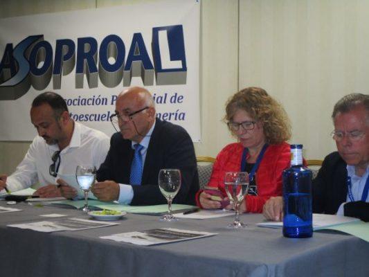 Rafael Villegas (pte. Asoproal) y a su izda. la vicepresidenta Luisa Orcera