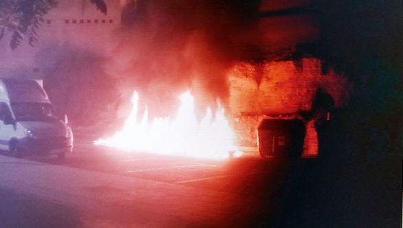 contenedor ardiendo