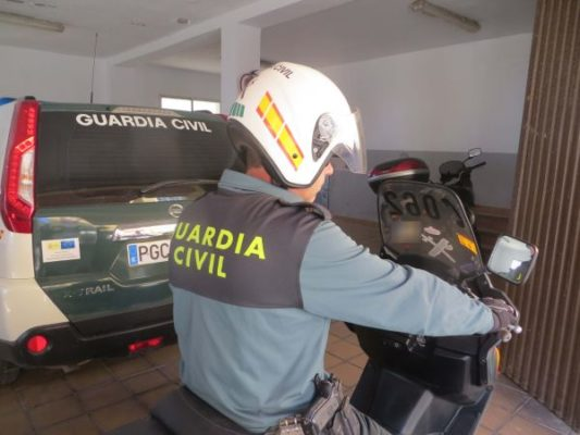 guardia civil adra