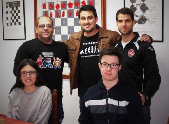Equipo del Club Ajedrez Roquetas