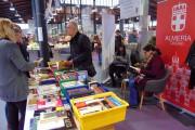 La plaza de abastos de Almería abre un bibliomercado