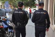 Detenido por robo con violencia de 5.400 euros y un móvil en una cafetería de Almería