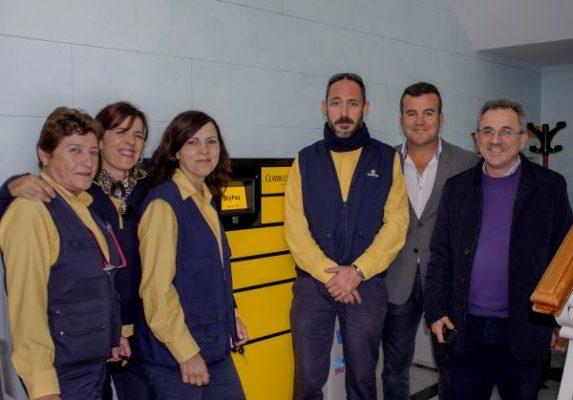 Correos instala en carboneras dos terminales autom ticos for Oficina correos almeria
