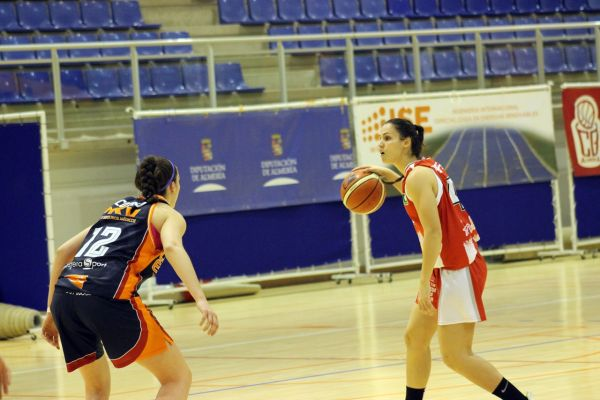 ISE CB Almeria-Valencia Basket Sandra Molero