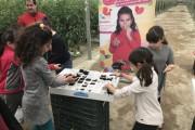 Más de 600 escolares de Almería descubren con La Unión Junior dónde nacen los tomates
