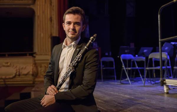 El clarinetista de la OCAL Alejandro Lobato, ganador de dos concursos internacionales