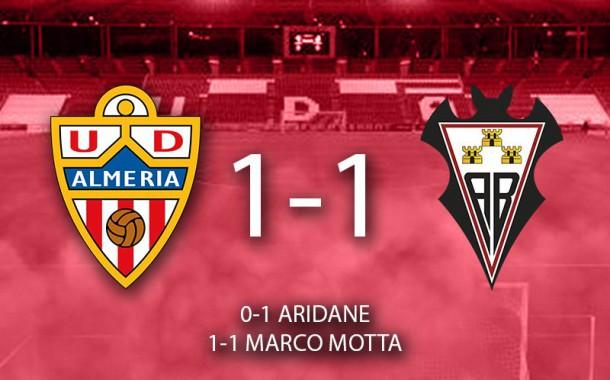 El Almería empata con el Albacete en casa