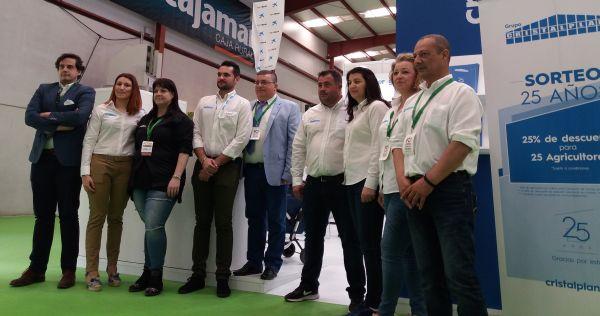 Equipo de Grupo Cristalplant en la Feria agrícola