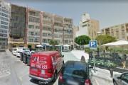 Herido un hombre de 61 años al caer desde un andamio en la plaza Carabineros de Almería