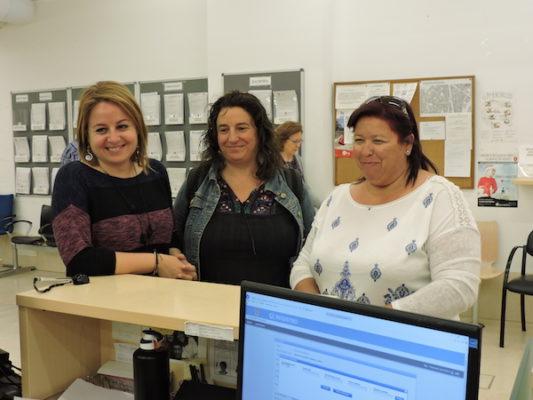 Carmen Núñez (PSOE), Mar Verdejo y Amalia Román (IU)