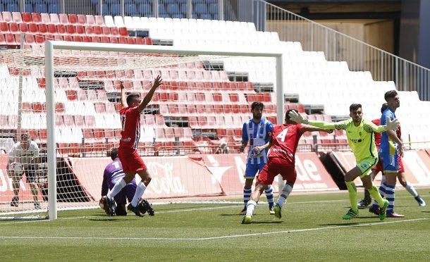 El Almería B se enfrentará al Villarrobledo tras el milagro de Batalla