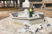Identificados tres jóvenes, autores de los destrozos de la fuente de la Plaza de San Pedro de Almería