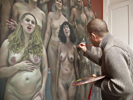 Ibañez pintando La fraternidad universal