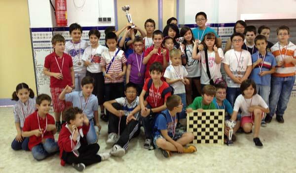 Los niños y niñas de Almería han competido en el 'por equipos' de Ajedrez de los JDM