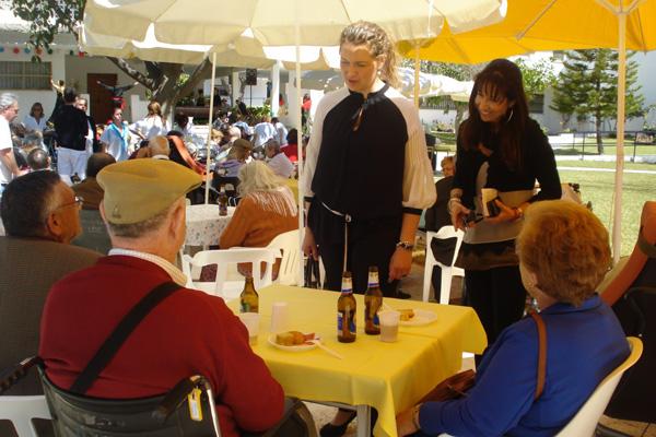 La diputada de Bienestar Social estuvo acompañada por Teresa Cosano, directora de la Residencia