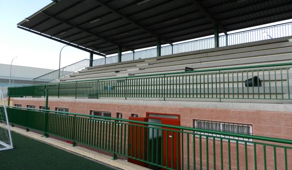 Zona del estadio de la AD Huércal en la que irá ubicada la afición del Linares Deportivo