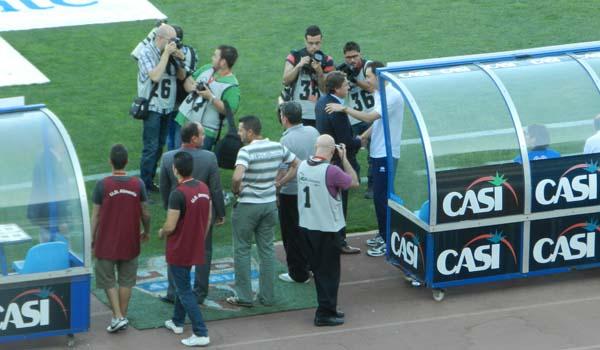 Previo del partido entre la UD Almería y el CD Numancia con el saludo entre Esteban Vigo y Machín