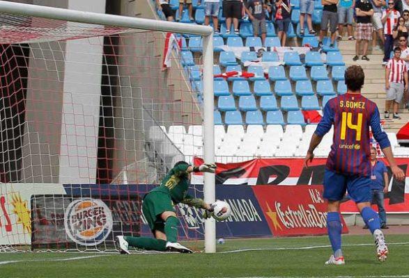 El meta del filial azulgrana ha sido determinante en el triunfo de su equipo