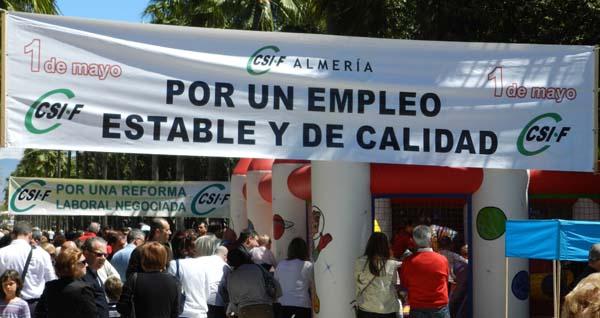 Fiesta reivindicativa del sindicato de funcionarios en la Ramba Federico García Lorca