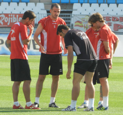 Los hombres de la UD Almería asimilan que esta temporada no volverán a la Liga BBVA