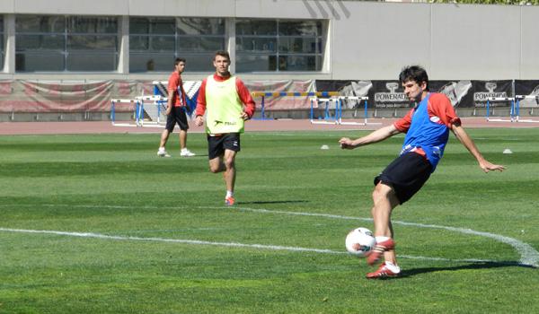 Abel ha firmado con la UD Almería para jugar con la primera plantilla en la Liga Adelante