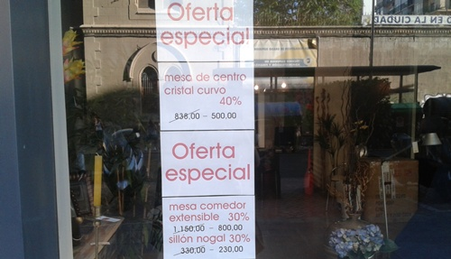 Han sido varios tipos de establecimientos de Almería los que se han lazado con los descuentos
