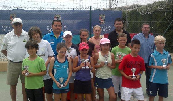 Tenis Adra