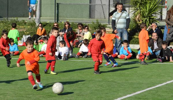 El Torneo de los Colores de la Escuela de Fútbol 'Tito Pedro' ha tenido mucha afluencia de público