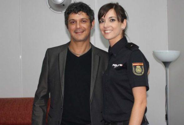 Policía y Alejandro Sanz