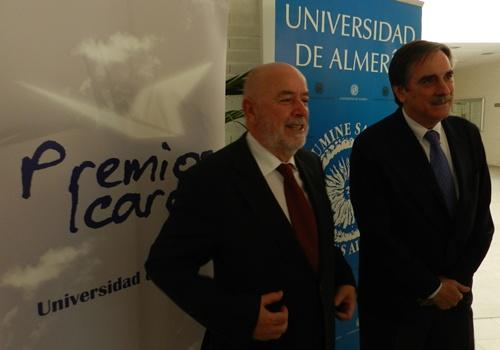 Valeriano Gómez fue ministro de Trabajo con Zapatero y acudió a la Univeridad de Almería, cuyo rector es Pedro Molina