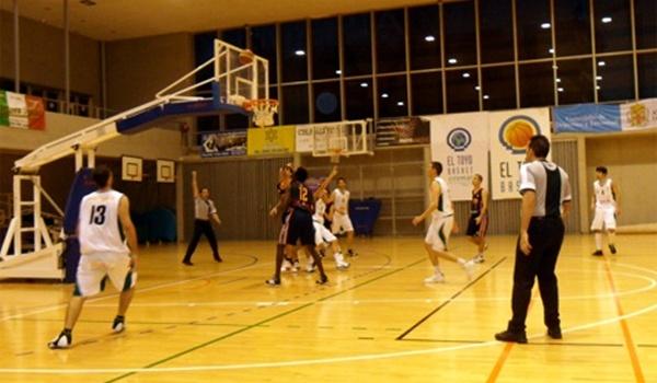 El Toyo Basket organiza un torneo 3x3 gratuito en su pabellón de Retamar
