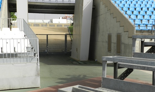 La evacuación y salida de espectadores se hará por las salidas grandes del estadio Mediterráneo