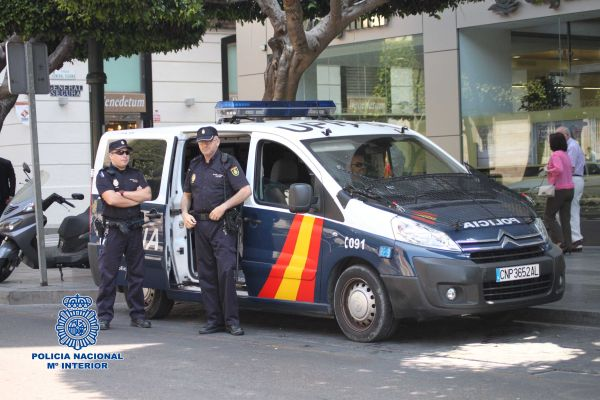 Policia Nacional_Paseo Almería