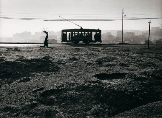 Tranvía en el paseo de Extremadura, Madrid, 1959. Paco Gómez. FotoColectania.
