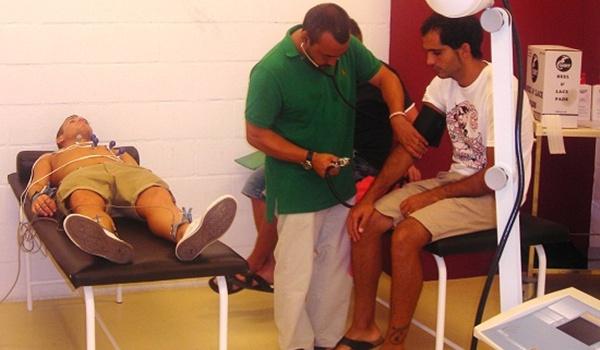 La UD Almería ha comenzado el trabajo con los reconocimientos médicos, a los que han faltado Bernardello, Ulloa, Michel y Marcelo Silva