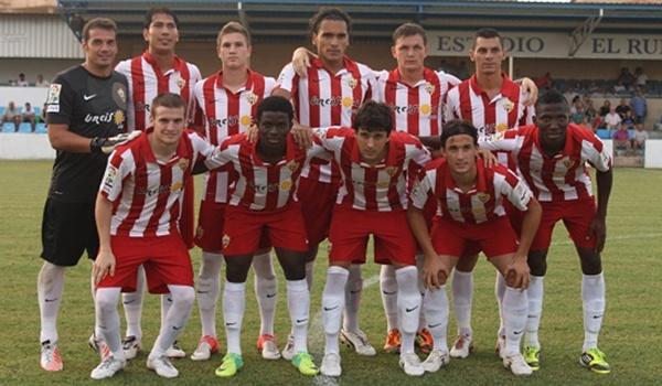 Equipo inicial de la UD Almería en su tercer partido de pretemporada