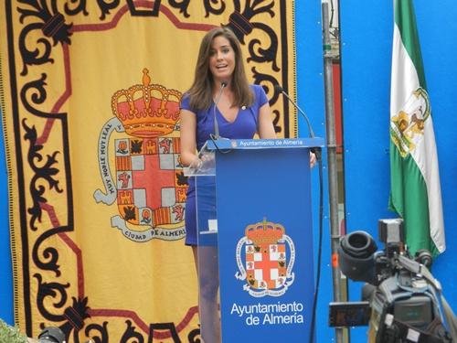 Isabel Jiménez, de Informativos Telecinco, tuvo el honor de ser pregonera de Almería, su ciudad