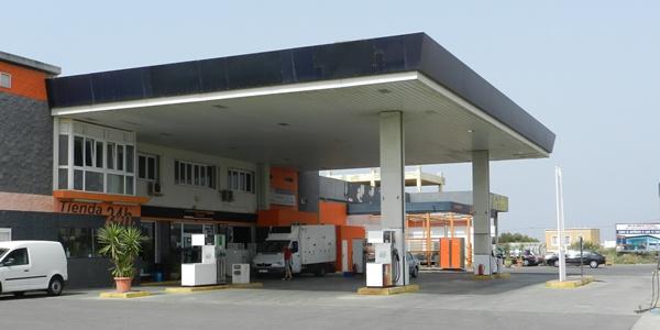 Las gasolineras más baratas de Almería están en el levante y el poniente