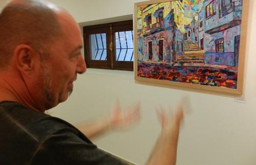 El autor ha evolucionado en su faceta artística y ha cultivado varias técnicas