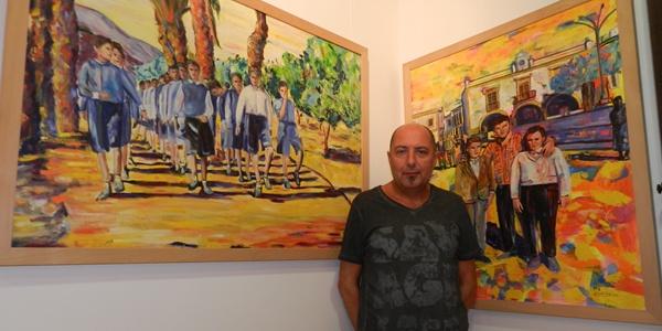 El pintor de Huércal de Almería ha expuesto la colección Memorias en su localidad