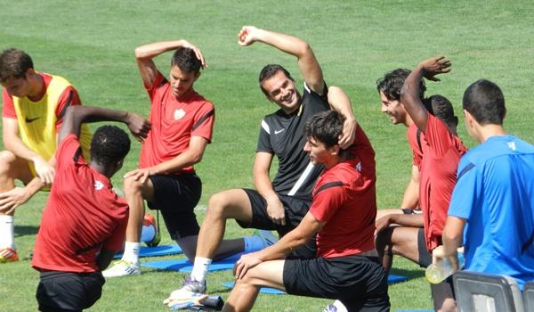 El joven Joselu se está abriendo un hueco en el primer equipo de la UD Almería al tiempo que se muestra satisfecho con el filial