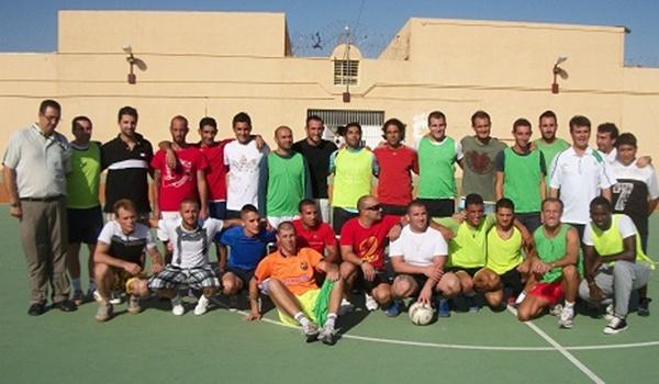 La práctica del fútbol en El Acebuche es una actividad importante para los reclusos