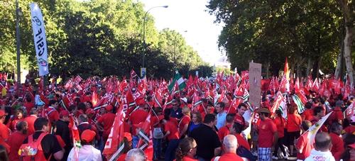 Los autobuses de Almería han salido de madrugada para participar en la manifestación de Madrid