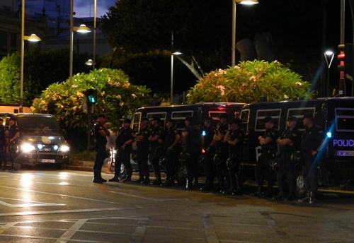 La Subdelegación del Gobierno dispuso un cordón policial muy contundente en Almería al paso de la 'marcha obrera'