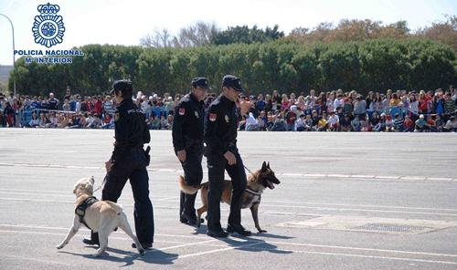 La Policía ofrece charlas y otra serie de actividades complementarias