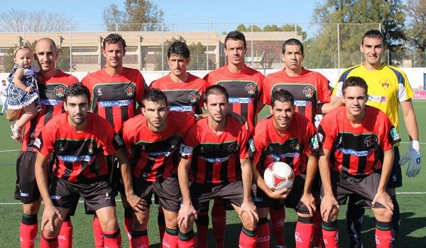 El Atlético Pulpileño ha ganado en casa por primera vez en la temporada en el grupo XIII de Tercera División